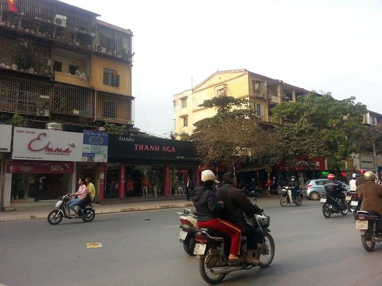Phi Long cho thuê xe tải chở hàng tại phố Phạm Ngọc Thạch